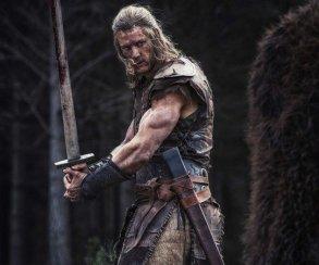 «Монтажер сам был участником сражений»: честный трейлер «Викинга»