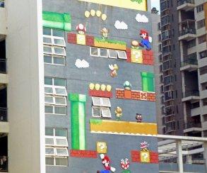 Стену китайской школы разукрасили в стиле Марио