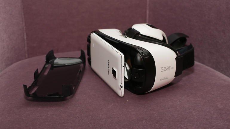 Очки виртуальной реальности Samsung добрались до магазинов. - Изображение 1