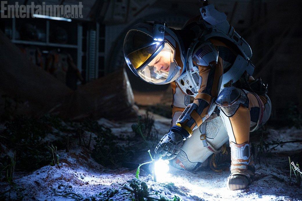 Первые кадры «Марсианина» Ридли Скотта уже порождают мемы - Изображение 6