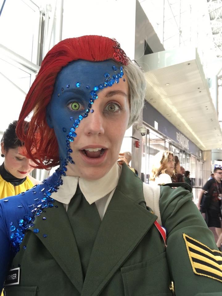 Потрясающий косплей Мистик сNew York Comic Con. - Изображение 1