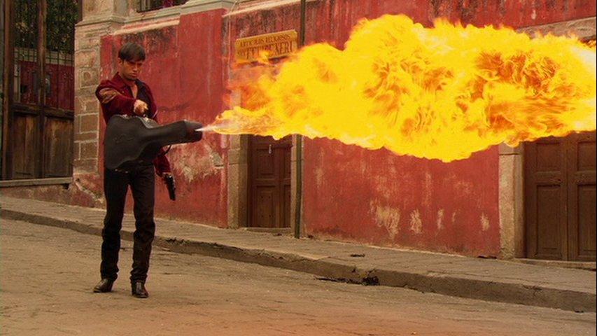 Родригес убивает: Странные оружейные фантазии режиссера «Мачете» - Изображение 3