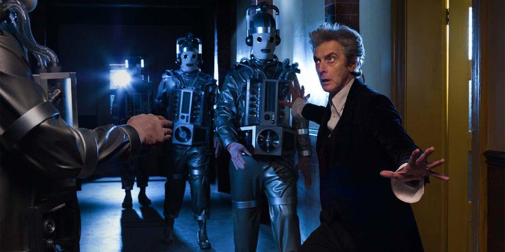 Трейлер 10 сезона Доктор Кто Капальди против роботов-эмотиконов