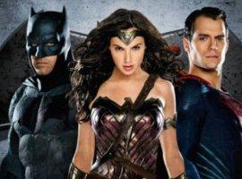 Какбы выглядели Бэтмен иСупермен в1984 году всиквеле «Чудо-Женщины»?