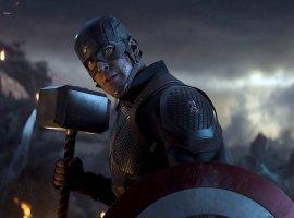Капитан Америка сомневается, достоинли Мьельнира— это официальный постер Marvel