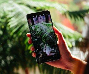 Успехи Huawei наCES 2018: смартфон Huawei Mate 10 Pro ибеспроводная система WiFi Q2