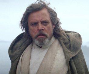 В «Последних джедаях» Марк Хэмилл  сыграл не только Люка, но еще и инопланетянина! Но какого именно?