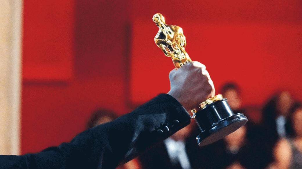 До вручения премии «Оскар» осталось чуть больше 10 дней: церемония состоится в ночь с 25 на 26 апреля. Самое время ознакомиться с главными номинациями и выбрать собственных кандидатов-победителей. Разбираемся, где смотреть фильмы, претендующие на «Оскар» в 2021 году.