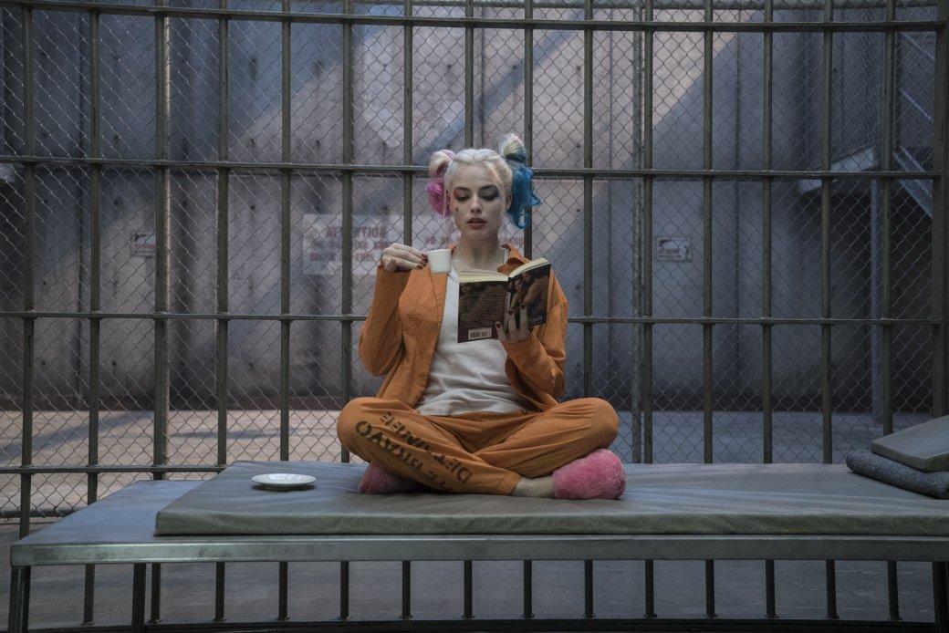 Пятый фильм про Харли Квинн? Марго Робби мало «Отряда 2», «Готэмских сирен» и «Харли против Джокера». - Изображение 1