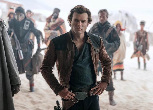 «Полнейший восторг»: отзывы критиков офильме «Хан Соло: Звездные Войны. Истории». - Изображение 1