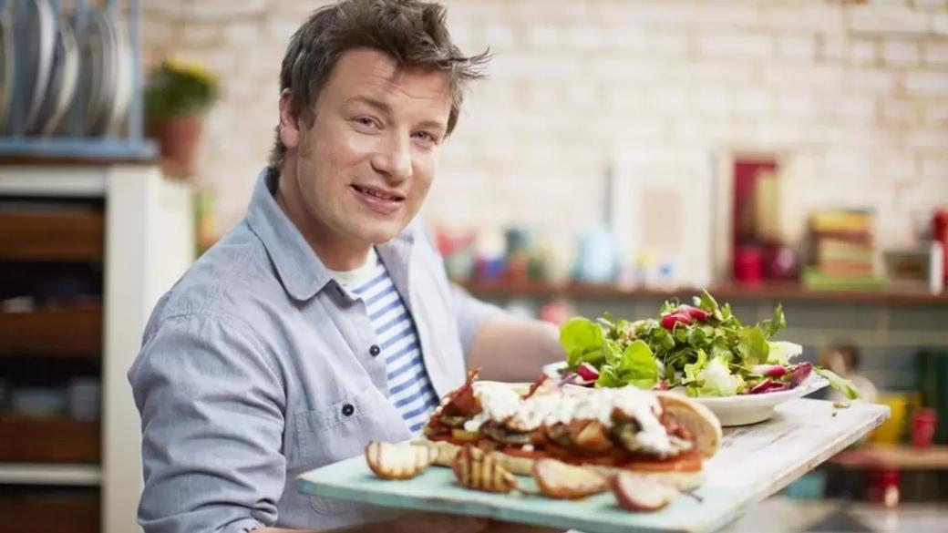 5 всемирно известных шеф-поваров, вышедших наYouTube— отГордона Рамзи доДжейми Оливера | Канобу - Изображение 4